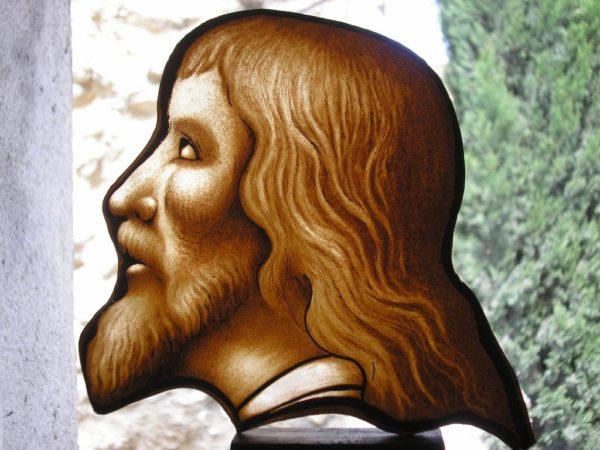 peinture sur verre de la tête du Christ