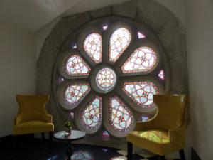Rosace restaurée hôtel 5 étoiles